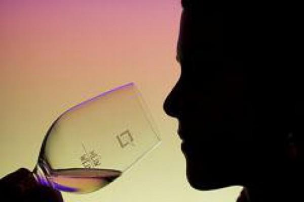 ქართული ღვინო უცხოეთში ან ძალიან ძვირია, ან არარეალურად იაფი