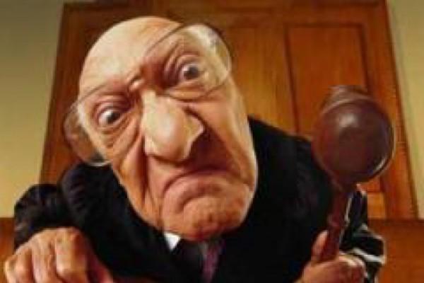 როცა მოსამართლე მექოთნეა