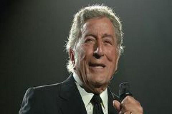 87 წლის მომღერალი ამერიკული ჰიტ-პარადის სათავეში მოექცა