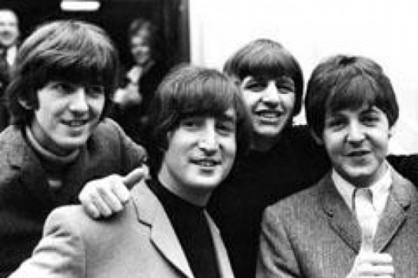 """""""The Beatles""""-ის შესახებ სურათს გადაიღებენ"""