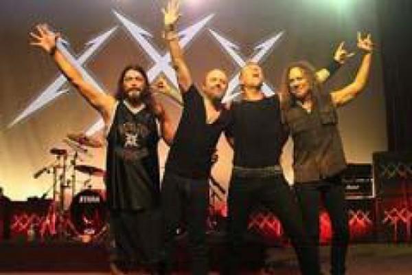 """ჯგუფმა """"Metallica"""" მინი ალბომი ჩაწერა"""