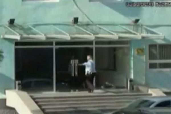 ქიქბოქსინგის სამგზის საქართველოს ჩემპიონმა ცოტნე შენგელიამ მშრალი შიმშილობა გამოაცხადა (VIDEO)