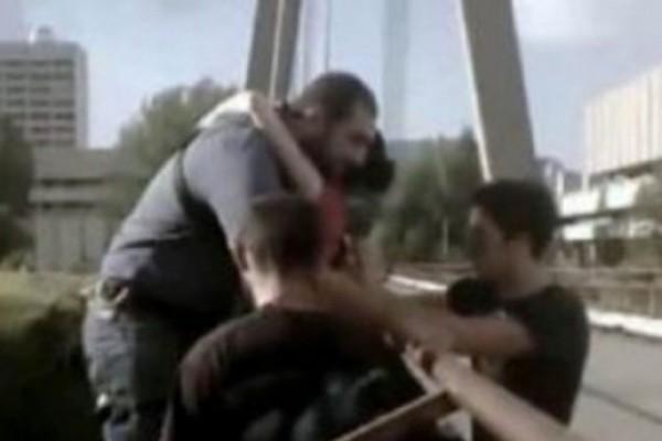 მაღლივის ხიდიდან ტრაგიკული ნახტომის ამსახველი ვიდეო მასალა