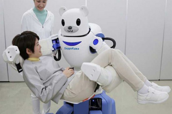 იაპონიაში ექიმი რობოტი შექმნეს