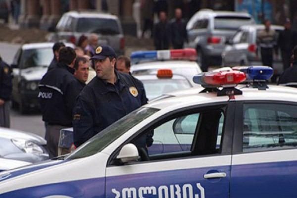 პოლიციამ ბიძინა ივანიშვილთან ასოცირებული ქონების დაყადაღება დაიწყო