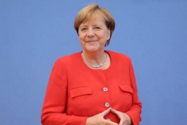 გერმანიის მთავრობის პრესსამსახური ანგელა მერკელის საქართველოში ვიზიტზე ინფორმაციას ავრცელებს