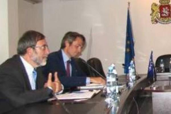 ევროკავშირის ელჩი სასჯელაღსრულების, პრობაციისა და იურიდიული დახმარების საკითხთა მინისტრს შეხვდა