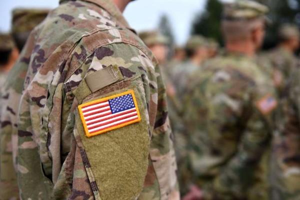 სირიიდან გამოსული ამერიკელი სამხედროები იარაღს ქურთებს უტოვებენ