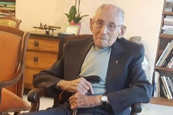 საფრანგეთში გარდაიცვალა კაცი, რომელმაც ნაცისტებისგან ასობით ებრაელი ბავშვი იხსნა