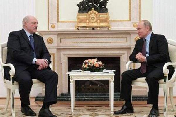 """2019 წლიდან რუსეთი ბელორუსის """"გადაყლაპვას"""" იწყებს"""