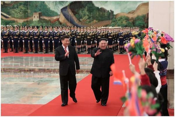 კიმ ჩენ ინი ჩინეთის ლიდერს შეხვდა