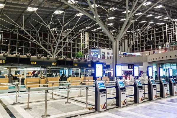 გერმანიის 3 აეროპორტში პერსონალი გაიფიცა