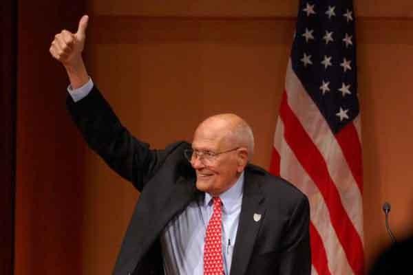 უხუცესი ამერიკელი კონგრესმენი ჯონ დინგელი გარდაიცვალა