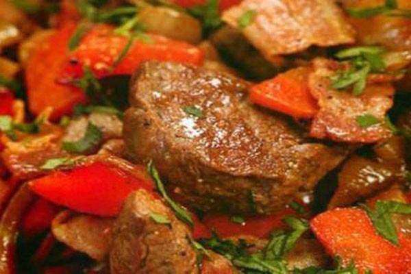 ღუმელში შემწვარი დამარინადებული ხორცი-საიმპერატორო