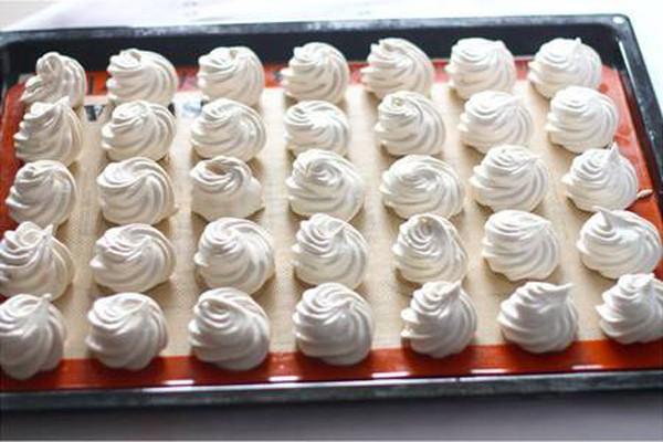 ჰაეროვანი ზეფირი სახლის პირობებში