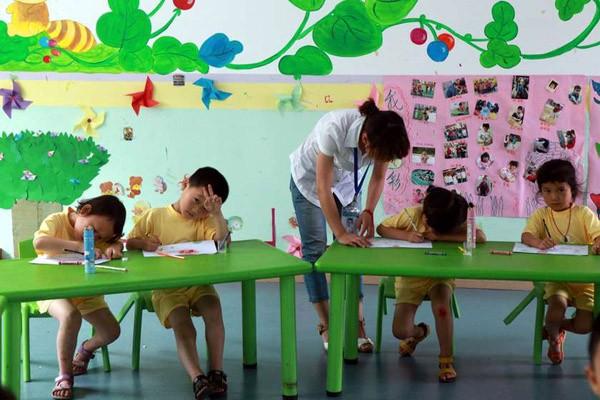 ჩინეთში საბავშვო ბაღის აღმზრდელმა 23 ბავშვი მოწამლა