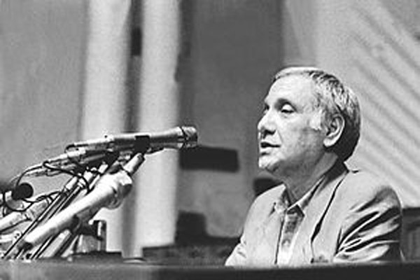 სად იყო აკაკი ბაქრაძე 1989 წლის 9 აპრილს?