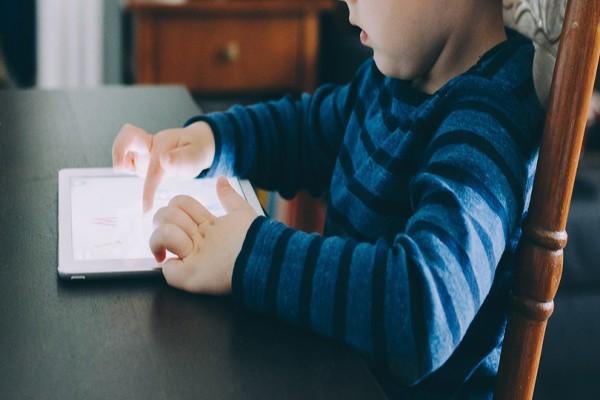 3 წლის ბავშვმა არასწორი პაროლი იმდენჯერ ჩაწერა, რომ მამის აიპედი 2067 წლამდე დაბლოკა