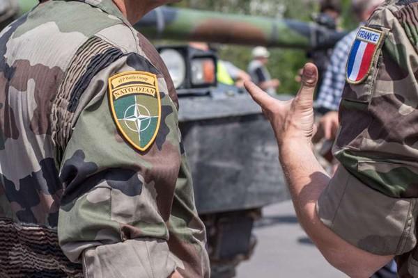 საფრანგეთი ესტონეთში 300 სამხედროს და ტექნიკის შეიყვანას გეგმავს