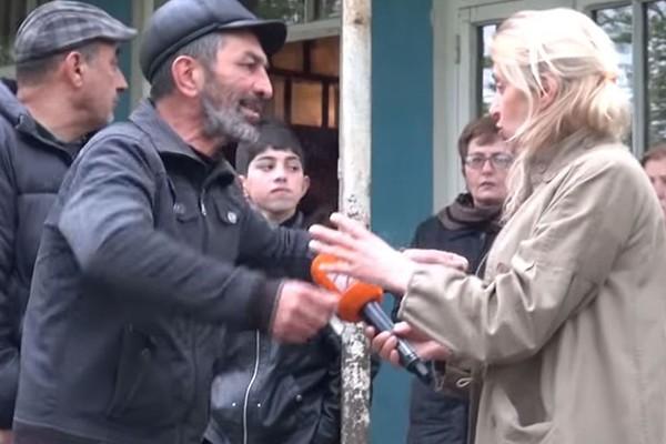 """ეს ვიდეო შეუნახეთ შთამომალობას! როგორი არ შეიძლება იყოს ჟურნალისტი! ამაზრზენი """"ტელევიზია""""!"""