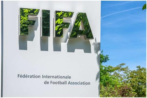 FIFA-მ პოგბას და იბრაჰიმოვიჩის აგენტს საქმიანობა აუკრძალა