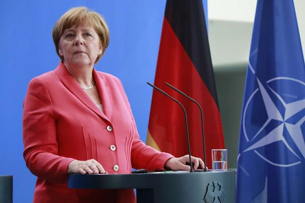 მერკელი: გერმანია თავდაცვის ხარჯების გაზრდას გეგმავს