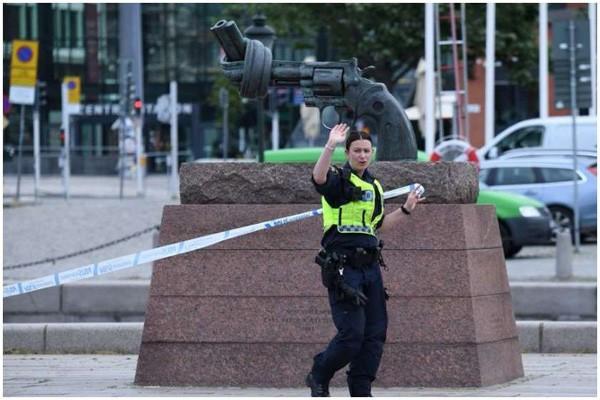 ასაფეთქებელი მოწყობილობის ამოქმედების საფრთხის გამო შვედეთის პოლიციამ კაცს ესროლა