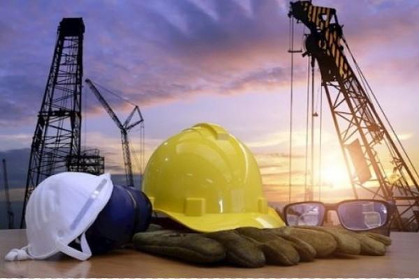 სამშენებლო კომპანიები სამსახურიდან თანამშრომლებს ათავისუფლებენ
