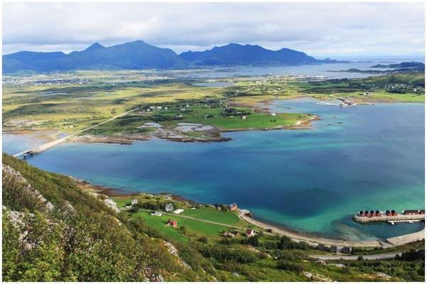 ნორვეგიის კუნძულზე დროის გაუქმებას ითხოვენ