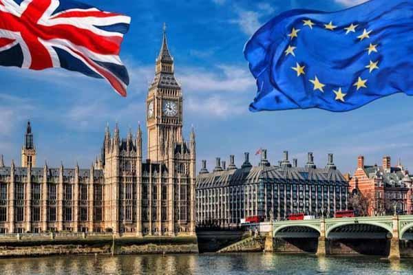 მედია: ბრიტანეთს ხისტი Brexit-ის შემთხვევაში საკვების, საწვავის და წამლების დეფიციტი ემუქრება