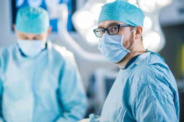 აფეთქება სევეროდვინსკთან: რუსი ექიმები სამხედროებს ინფორმაციის დამალვაში ადანაშაულებენ