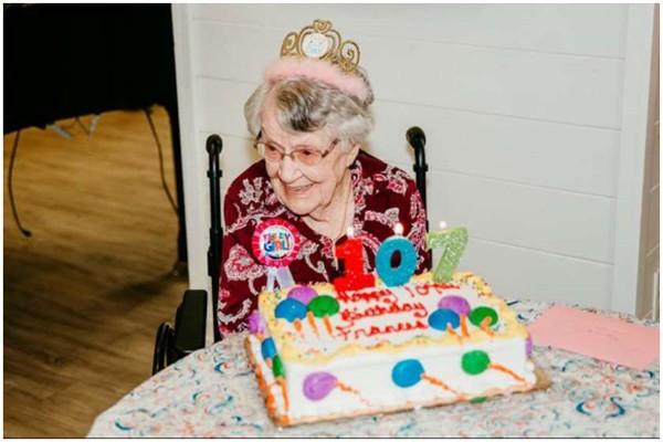 107 წლის ამერიკელმა ხანგრძლივი ცხოვრების საიდუმლო დაასახელა
