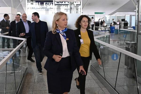 მინისტრმა აეროპორტი დაიწუნა - რატომ არის უკმაყოფილო ნათია თურნავა?