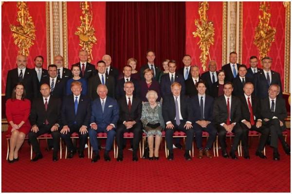 ელისაბედ II-მ ნატოს ლიდერებს ბუკინგემის სასახლეში უმასპინძლა