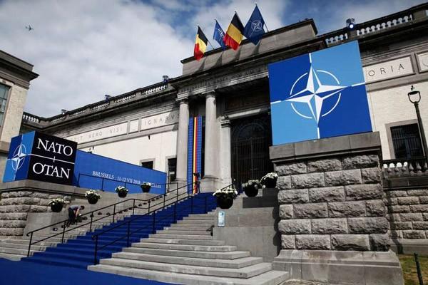 NATO რუსეთს მოუწოდებს აღმოსავლეთ უკრაინიდან სამხედრო ძალები გაიყვანოს