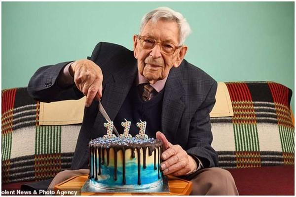 მსოფლიოში უხუცესი კაცი 111 წლის ბრიტანელი გახდა