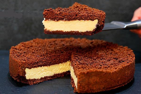 შოკოლადის ნამცხვარი ხაჭოს შიგთავსით - სამეფო დესერტი რამდენიმე წუთში