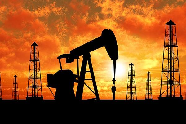 ნავთობი კიდევ გაიაფდება და ფასი 10 დოლარამდე დაეცემა