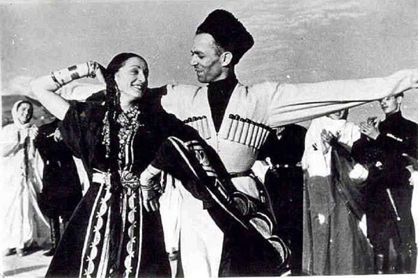 ქართველები ცეკვავენ მოსკოვში