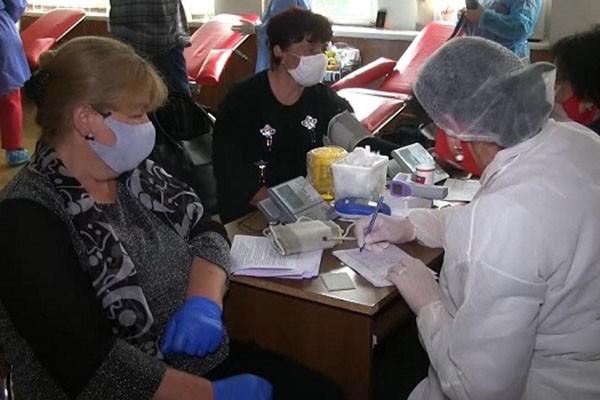 """ჯანდაცვის სამინისტროს ინიციატივას – """"გაიღე სისხლი, გადაარჩინე სიცოცხლე""""  პარტია """"ქართული ოცნების  ჭიათურის რაიონული ორგანიზაცია შეუერთდა"""