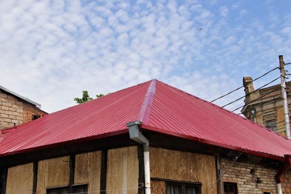 ჩიტაიას N8-ში სახურავის სარეაბილიტაციო სამუშაოები დასრულდა