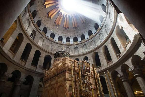 ორთვიანი კარანტინის შემდეგ იერუსალიმში მაცხოვრის საფლავის ტაძარი გაიხსნება