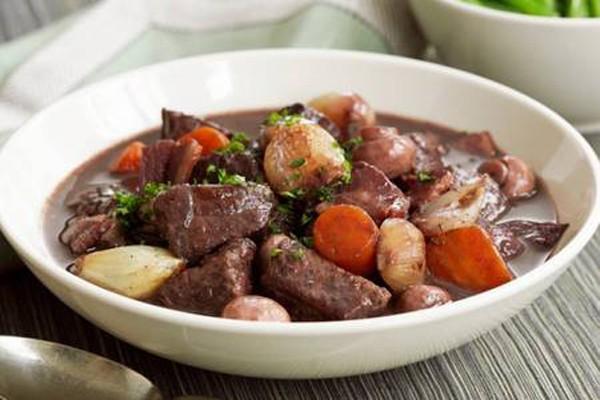 ხორცი ბურგუნდიულად - ფრანგული კლასიკა