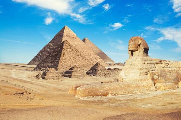 3-თვიანი პაუზის შემდეგ ეგვიპტის პირამიდები ვიზიტორებისთვის გაიხსნა