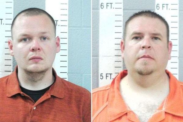 ოკლაჰომას 2 პოლიციელს მკვლელობაში ადანაშაულებენ, მათ მსხვერპლზე ელექტრო შოკი 50-ჯერ გამოიყენეს