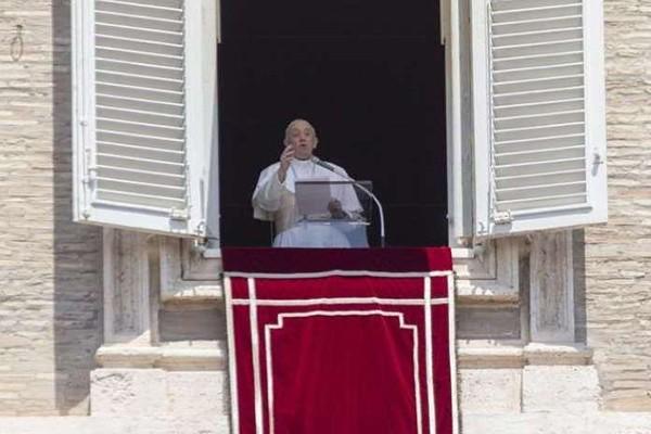 რომის პაპი: მე ვფიქრობ სტამბოლსა და წმინდა სოფიაზე. ძალიან დამწუხრებული ვარ მომხდარის გამო