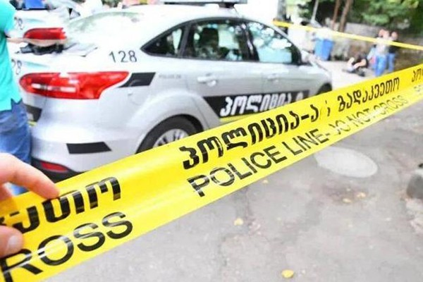ზუგდიდში 24 წლის გოგომ ბაჩალიაშვილის საქციელი ზუსტად გაიმეორა - პოლიცილებმა ბეწვზე მიუსწრეს და თვითმკვლელობას გადაარჩინეს