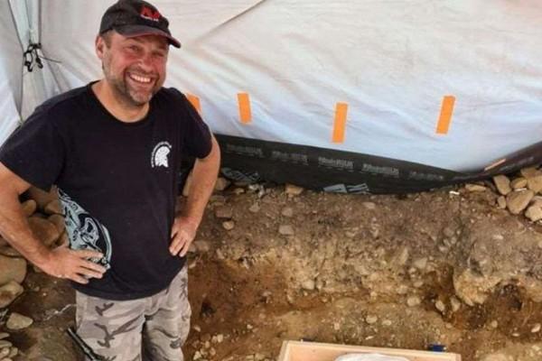 მოყვარულმა არქეოლოგმა შოტლანდიაში ბრინჯაოს ხანის არტეფაქტები იპოვა