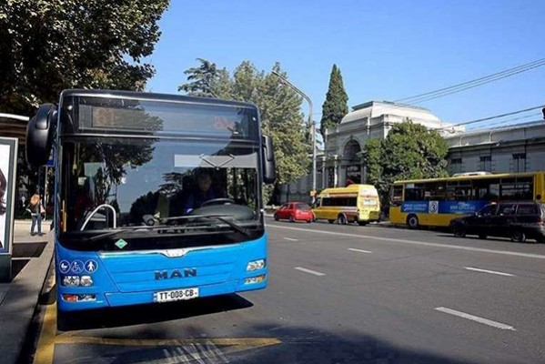 28 ნოემბრიდან 23 დეკემბრის ჩათვლით პერიოდში მსხვილ ქალაქებში მუნიციპალური ტრანსპორტი არ იმუშავებს