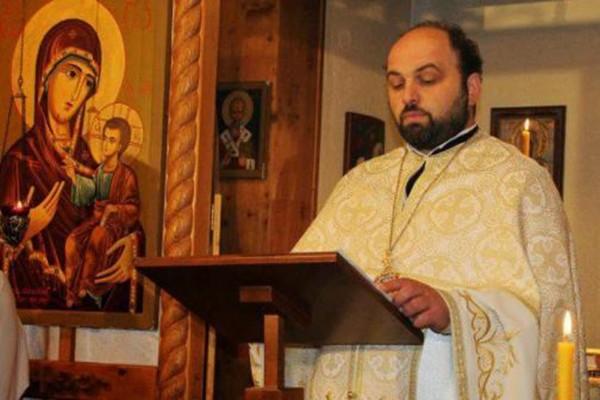 დეკანოზი თამაზი მრევლს: არ მოხვიდეთ ეკლესიაში წირვაზე, ილოცეთ სახლში